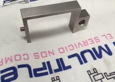 Fabricación de piezas industriales (59)